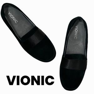 Vionic black suede loafers size 7 Bridget
